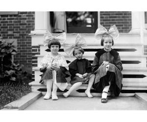 Fotografiedruck Sisters, 90 x 60 cm