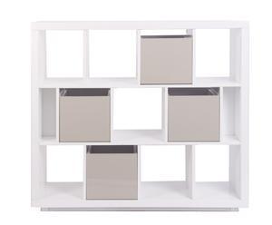 Estantería blanca con cajas organizadoras en crema