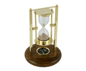 Reloj de arena con brújula