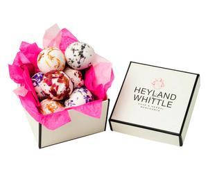 Caja regalo con 7 bolas de baño Heyland