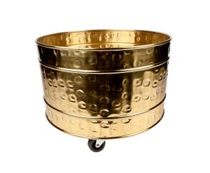 Maceta de bronce con ruedas