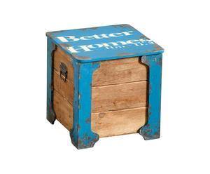 Baúl de madera y metal