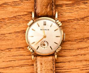 orologio da polso Benrus Scarabeo - anni '50