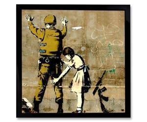 Kunstdruk GIRL SEARCHES A SOLDIER, 40 x 40 cm