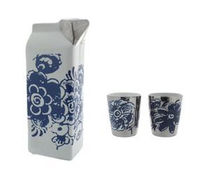 Melkpak bloem + 2 zilveren kopjes met bloem
