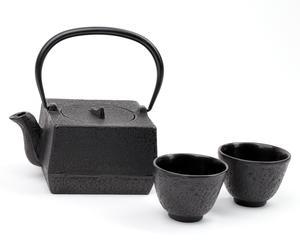Żeliwny zestaw do herbaty