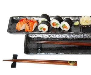 "Komplet naczyń i sztućców do sushi ""Midori"""