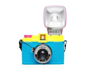 """Analogowy aparat fotograficzny """"Diana F+ CMYK"""" z kompletem filtrów i albumem"""