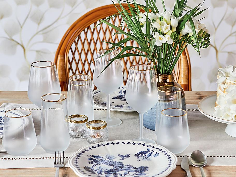 Sommerliches Tablesetting