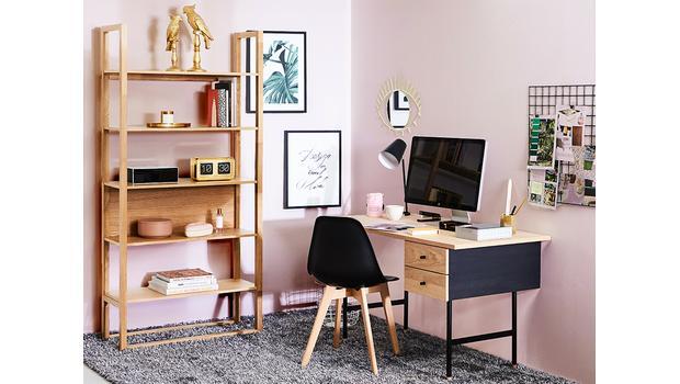 Feminines Home-Office