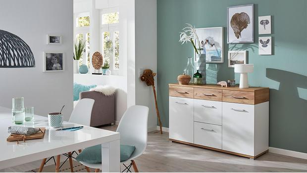 Möbel im Basic-Stil