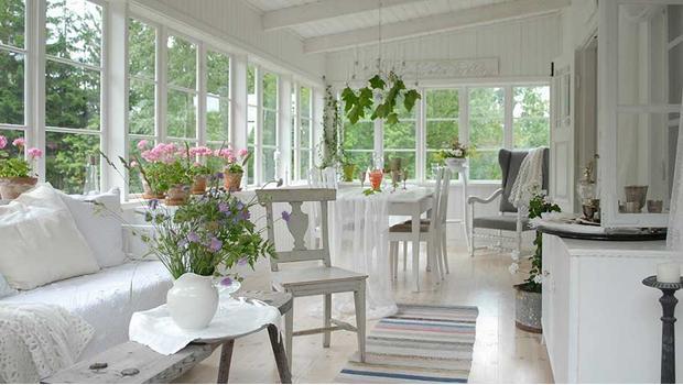 Provensálský obývací pokoj