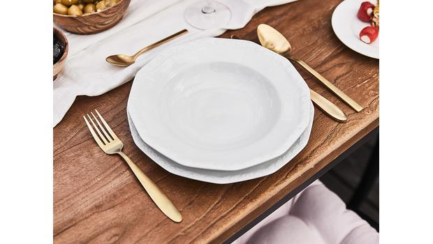 Elegantní stůl již od 159 Kč