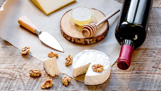 Sýr a víno: staňte se expertem