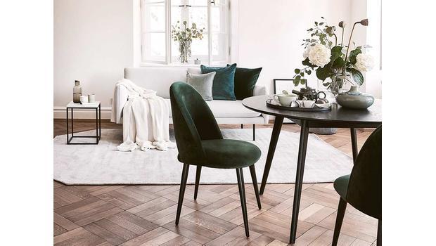 Casual & spectacular furniture