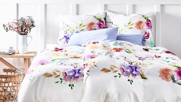 Bettwäsche mit floralen Prints