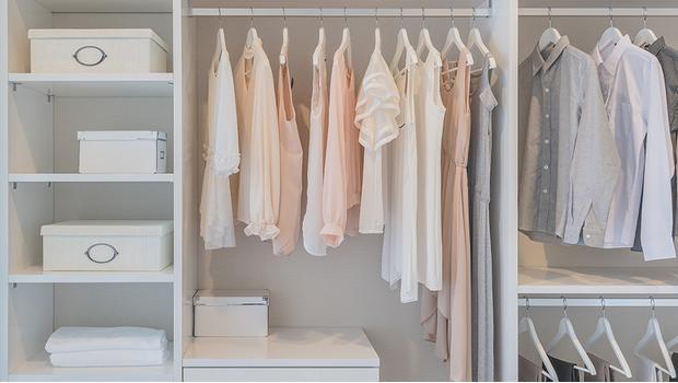 Kleider-Ordnung
