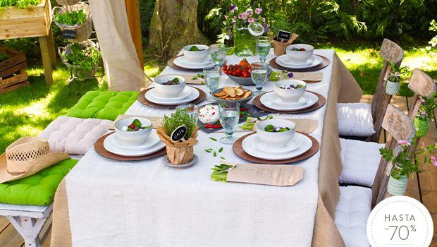 Desayuno en el jardín