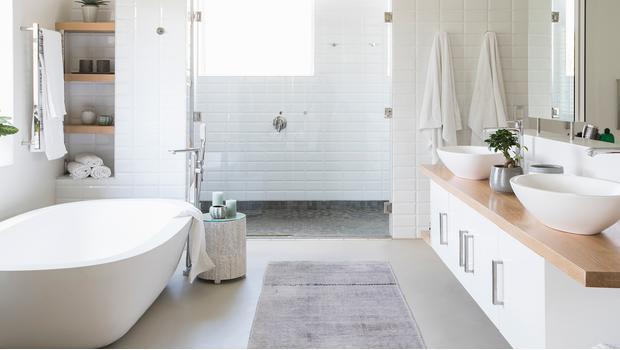 Un baño muy completo