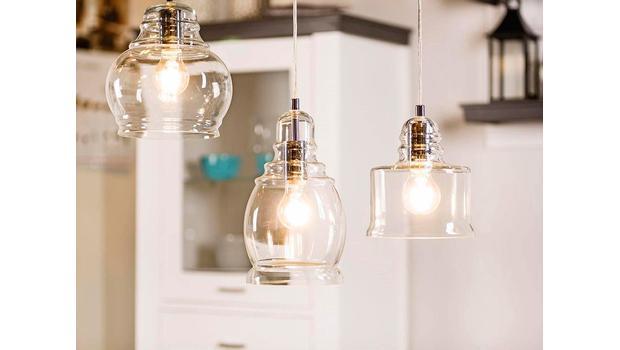 Más de 200 lámparas