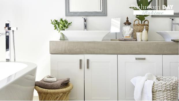 Une salle de bains bohème