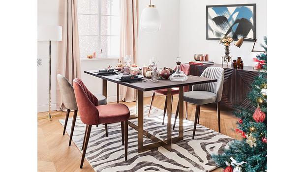 Une salle à manger chaleureuse
