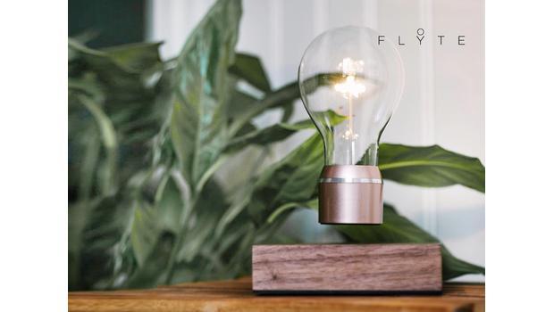 L'incroyable lampe Flyte