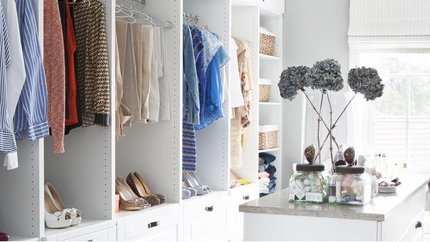 Un dressing chic et organisé