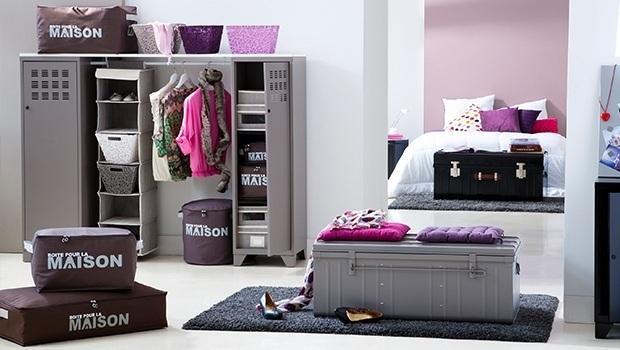 Malles, boîtes et armoires