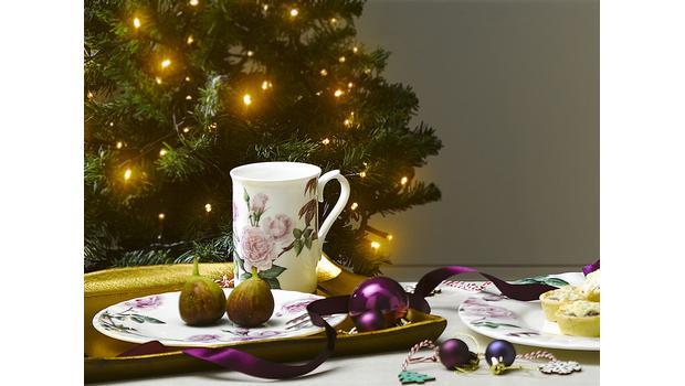 Christmas tea time