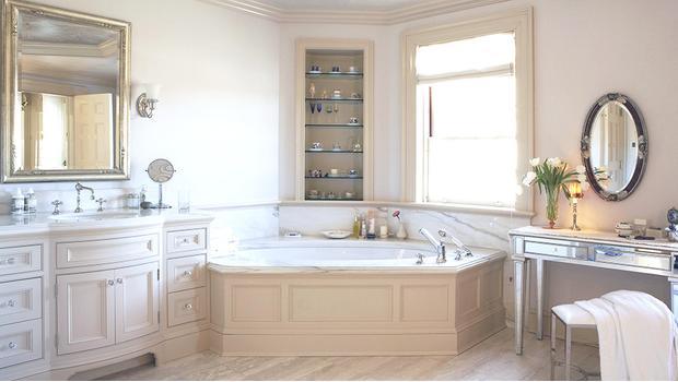 Une salle de bain classique