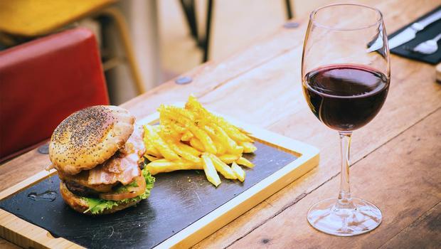 Burger, cheese & wine...