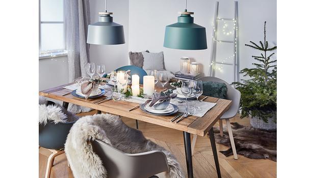 Une table de fêtes scandi