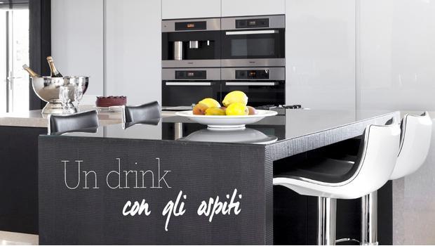 Home bar mobili sgabelli decor westwing