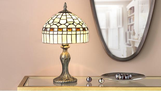 Plafoniere Stile Tiffany : Luci tiffany lampade in stile liberty westwing