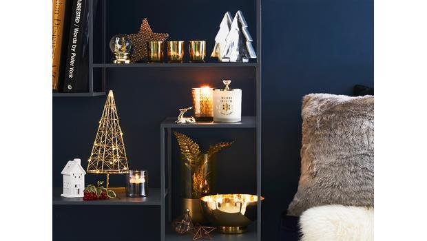 TREND: Christmas Shelfie