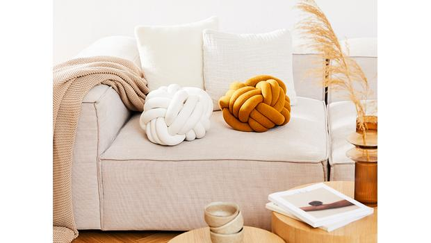 Musthave: de knotted pillow