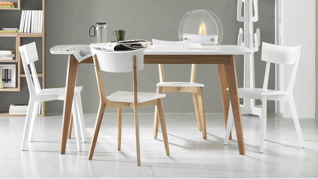 Moderne meubels van hout