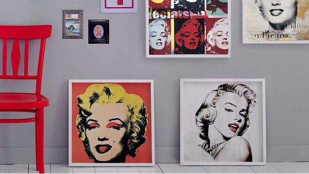 Z twarzą Marilyn Monroe
