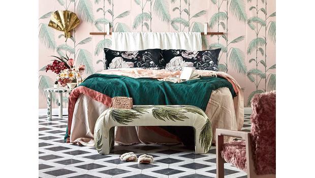 Sypialnia w modne kwiaty