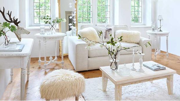 Charming white