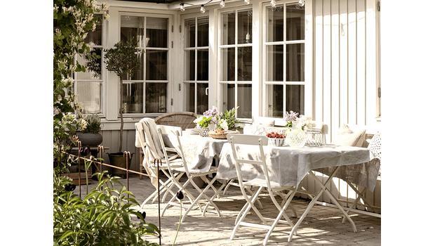 Jadalnia w ogrodzie