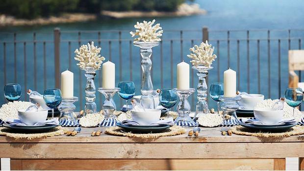 Stół w stylu marine