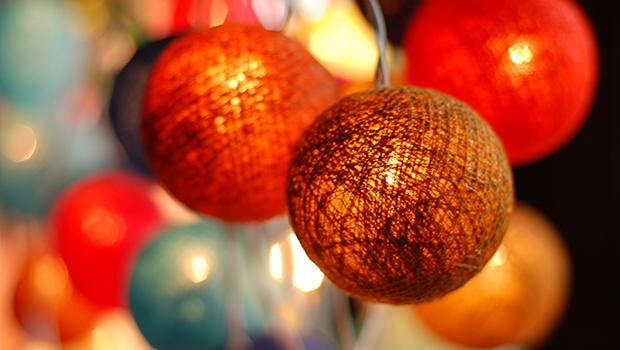 PL14CHR19Enchanted balls - late sharing
