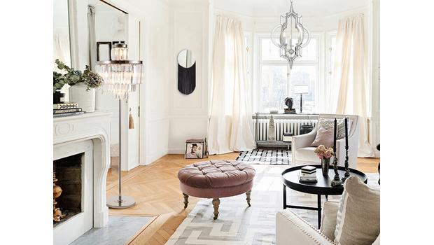 W domu nowoczesnej paryżanki
