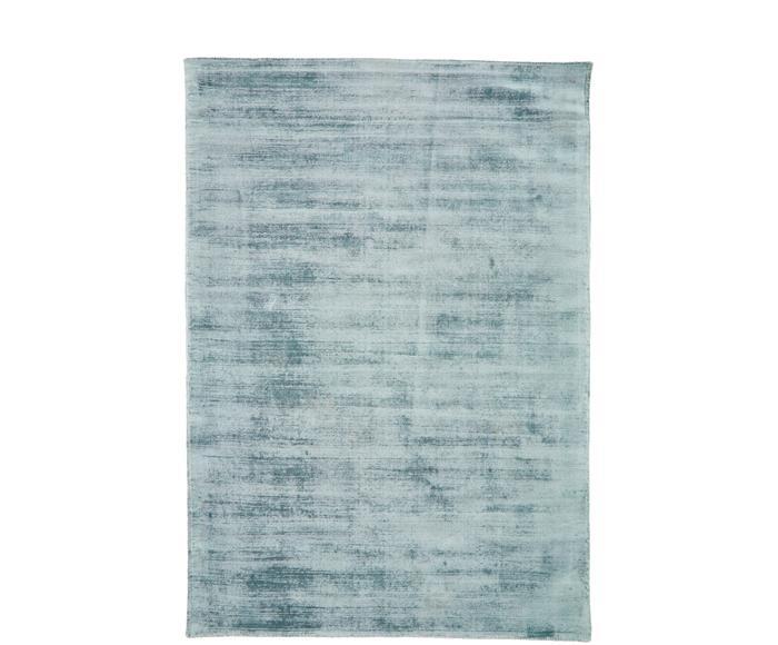 Tappeto in viscosa blu ghiaccio tessuto a mano Jane, Larg.160x230 cm