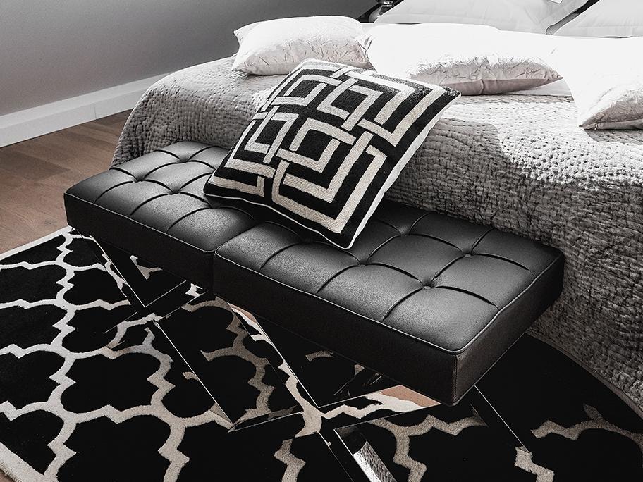 Textilien in Schwarz & Weiß