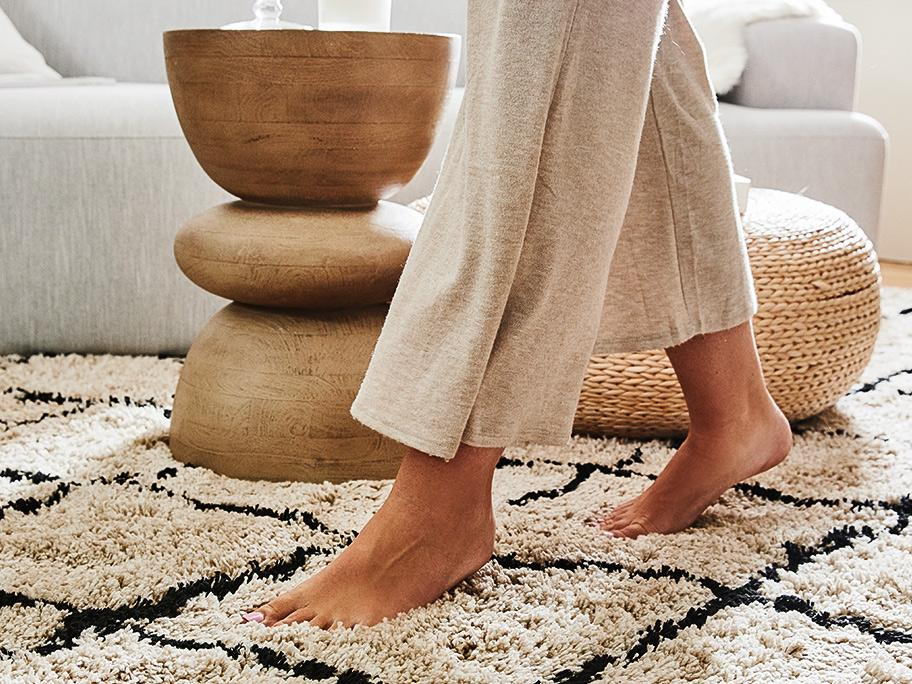 Her mit den Teppichen!