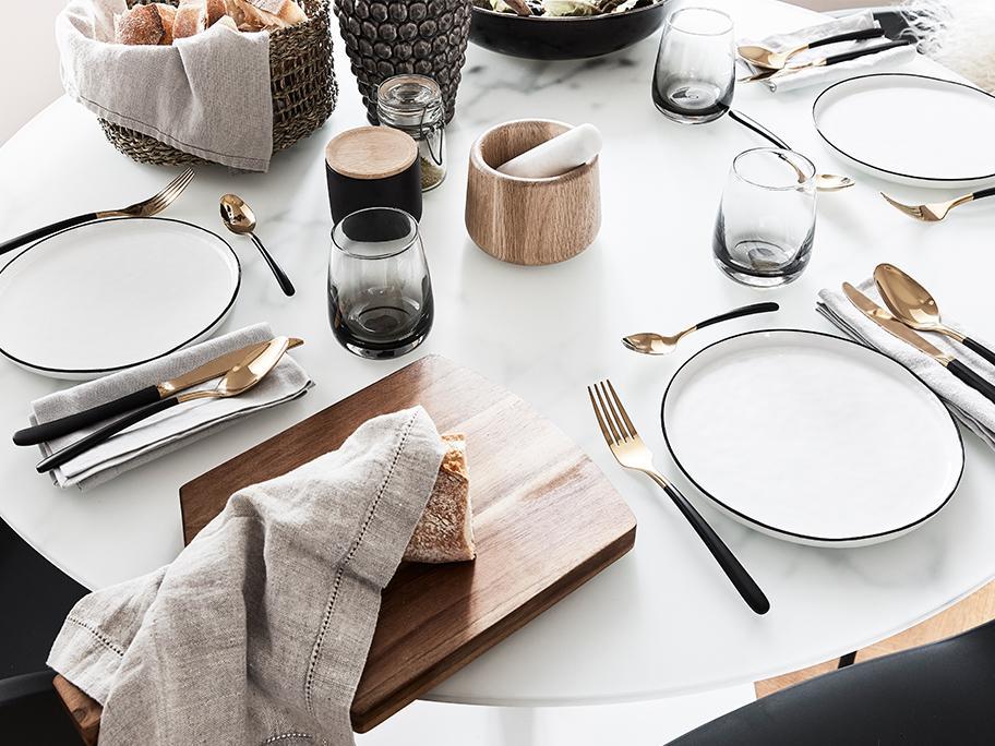 Tisch-Styling für Puristen