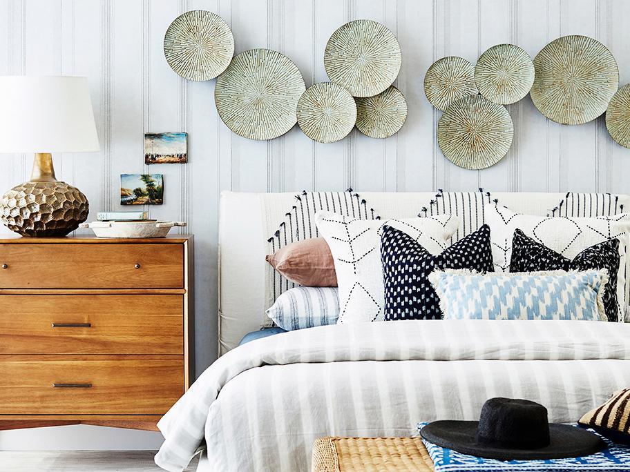 Un dormitorio con personalidad